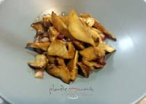 #wok de boletus, salsa de ostras y granada